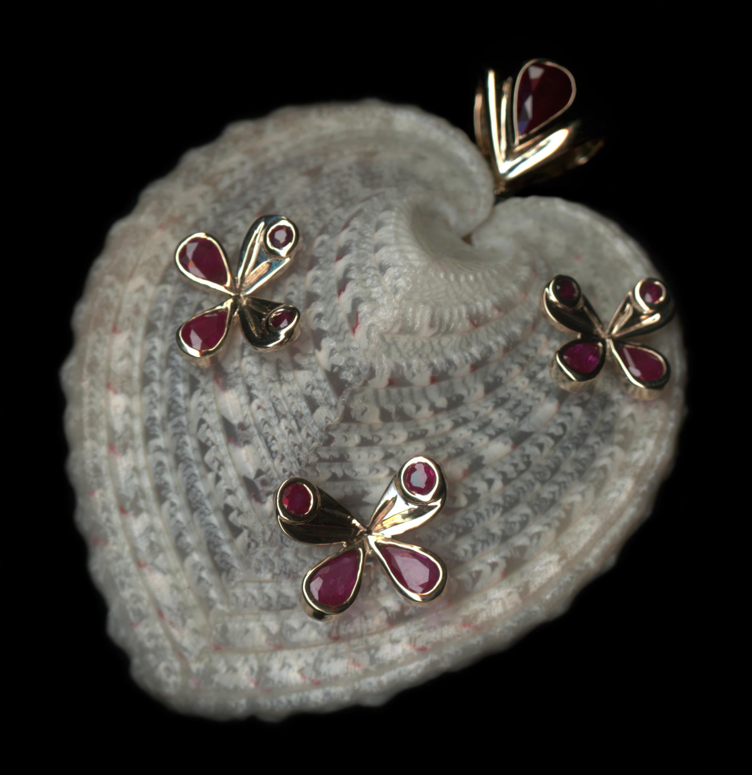 papillon - Cardissa -Luxury Jewelry\'s Cup - Golf Club Lys Chantilly